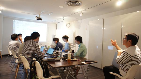 Node.js企画発表の様子